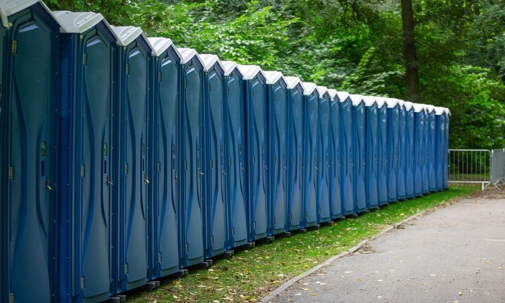 Reasons To Rent Holding Tanks With Portable Toilets